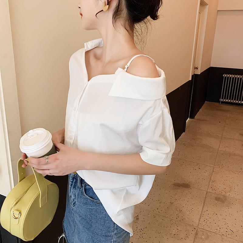 韓国 ファッション トップス ブラウス シャツ 春 夏 秋 カジュアル PTXH959  ワンショルダー アシンメトリー 肩見せ ラフ オルチャン シンプル 定番 セレカジの写真2枚目