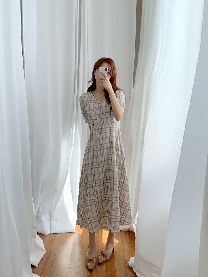 韓国 ファッション ワンピース 春 夏 秋 カジュアル PTXH965  チェック Vネック バックリボン フェミニン オルチャン シンプル 定番 セレカジの写真18枚目