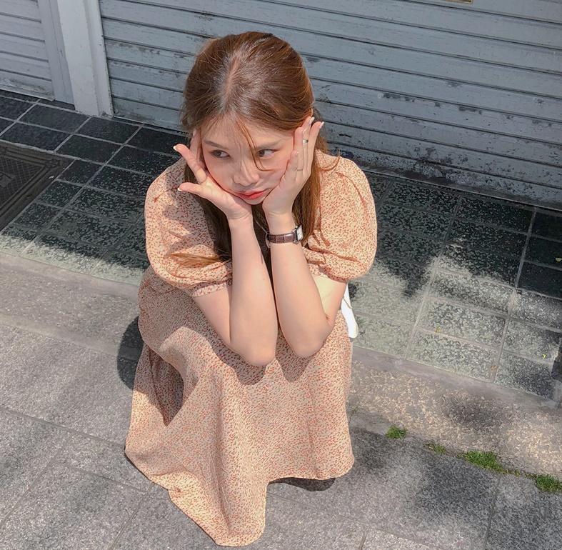 韓国 ファッション ワンピース 春 夏 秋 カジュアル PTXH968  小花 シアー シフォン パフスリーブ フェミニン オルチャン シンプル 定番 セレカジの写真4枚目
