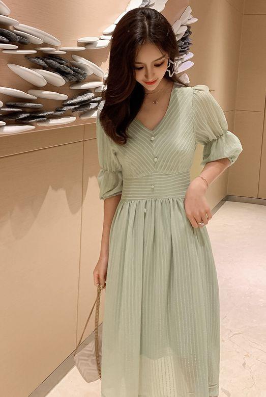韓国 ファッション ワンピース 春 夏 秋 カジュアル PTXI162  シアー シフォン パフスリーブ フェミニン オルチャン シンプル 定番 セレカジの写真2枚目