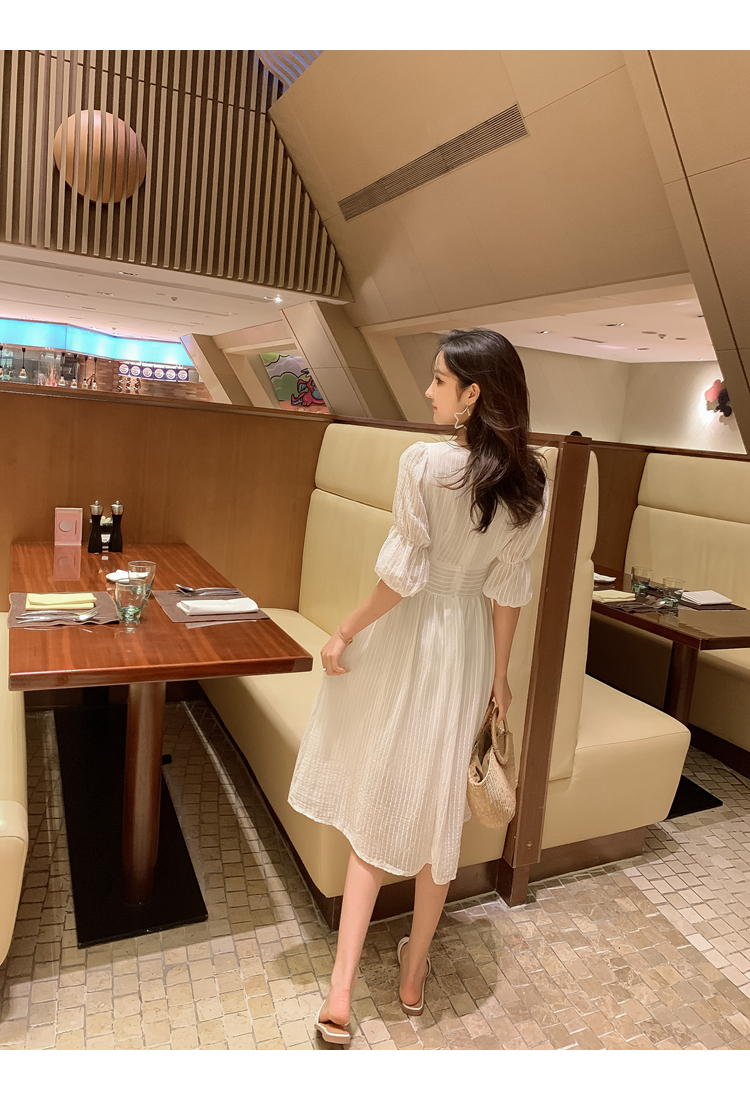 韓国 ファッション ワンピース 春 夏 秋 カジュアル PTXI162  シアー シフォン パフスリーブ フェミニン オルチャン シンプル 定番 セレカジの写真13枚目