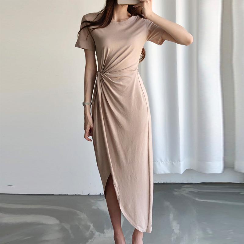 韓国 ファッション ワンピース 夏 春 カジュアル PTXI188  アシンメトリー ツイスト ドレープ スリット オルチャン シンプル 定番 セレカジの写真2枚目