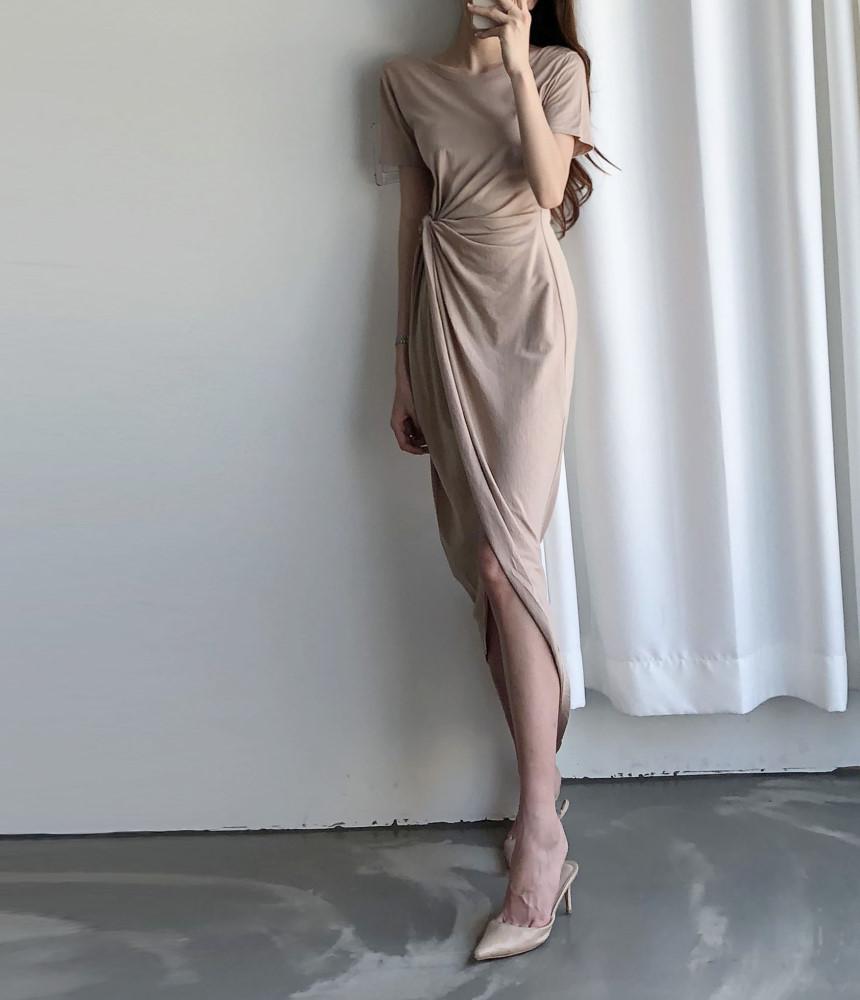 韓国 ファッション ワンピース 夏 春 カジュアル PTXI188  アシンメトリー ツイスト ドレープ スリット オルチャン シンプル 定番 セレカジの写真5枚目