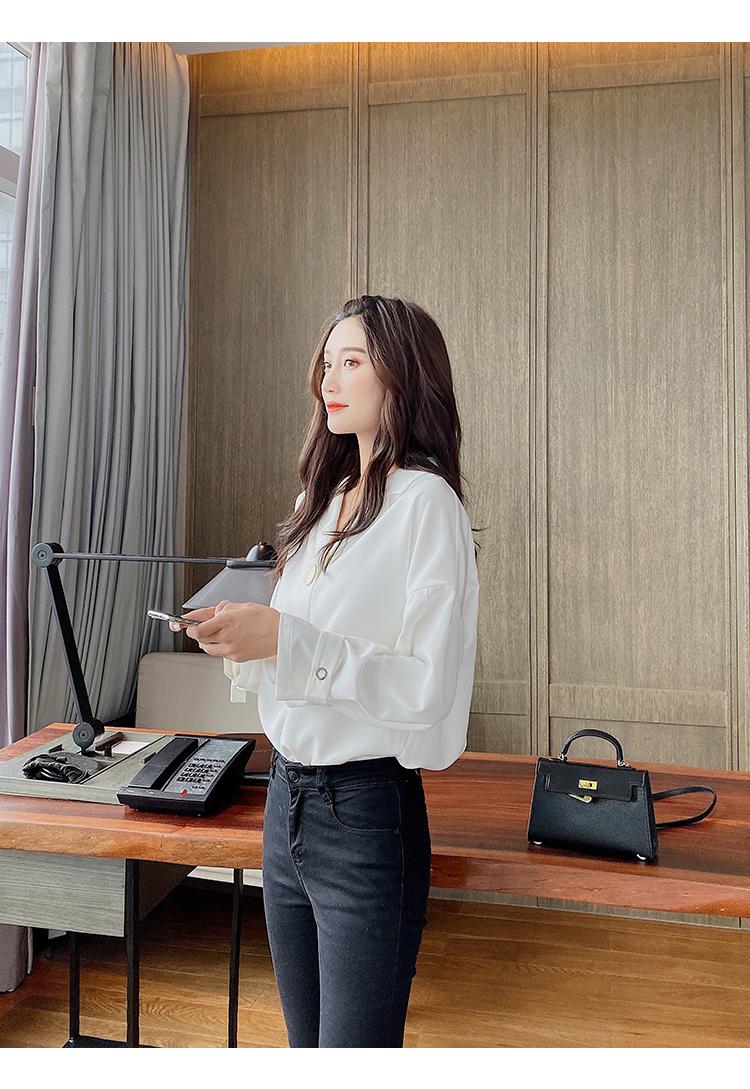 韓国 ファッション トップス ブラウス シャツ 春 夏 秋 カジュアル PTXI195  ラフ 大き目ボタン オーバーサイズ Vネック オルチャン シンプル 定番 セレカジの写真16枚目