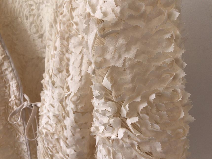 韓国 ファッション トップス カーディガン 春 夏 秋 カジュアル PTXI236  立体レース シースルー パフスリーブ 羽織り オルチャン シンプル 定番 セレカジの写真20枚目