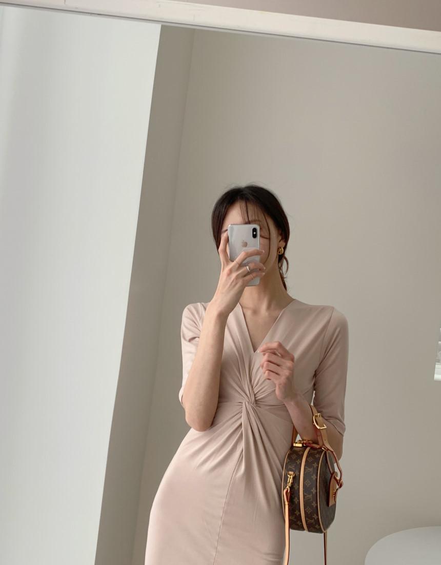 韓国 ファッション ワンピース 夏 春 カジュアル PTXI268  カシュクール センシュアル ツイスト Vネック オルチャン シンプル 定番 セレカジの写真5枚目