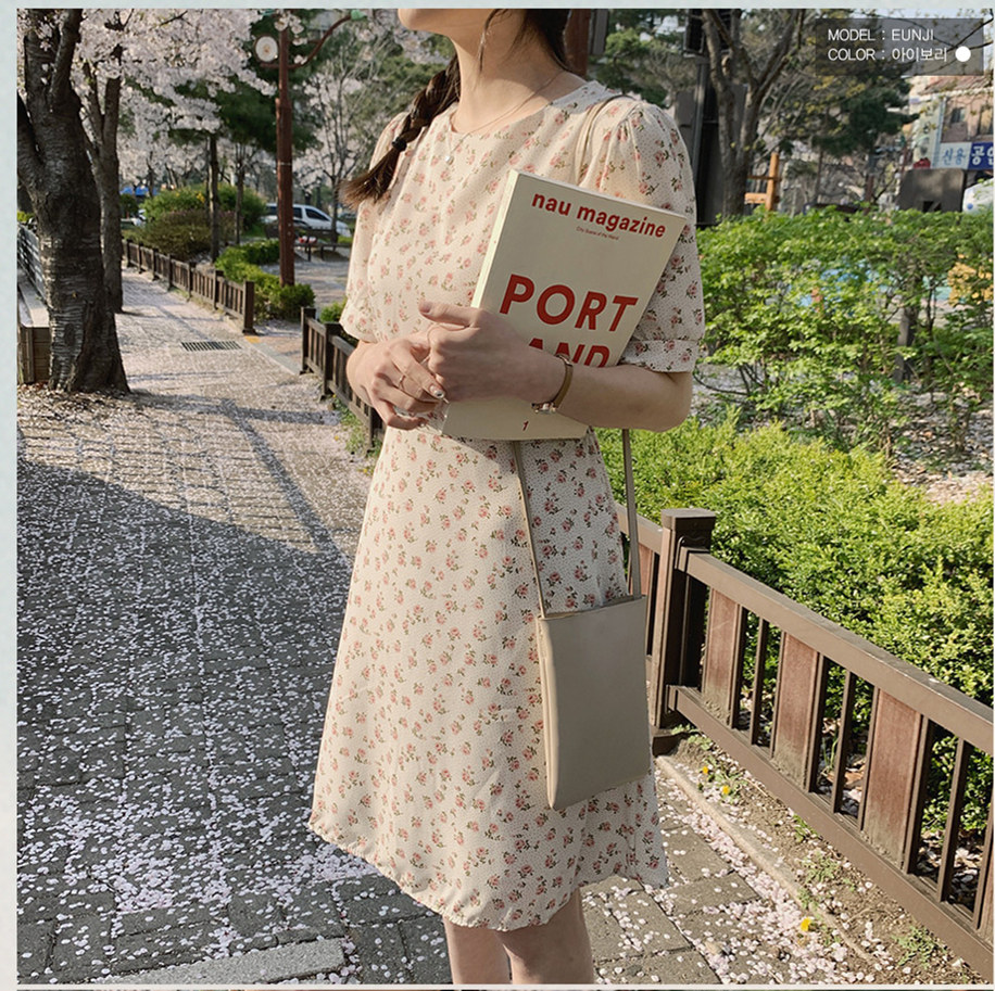 韓国 ファッション ワンピース 春 夏 カジュアル PTXI413  パフスリーブ ノーカラー フレア キュート オルチャン シンプル 定番 セレカジの写真2枚目