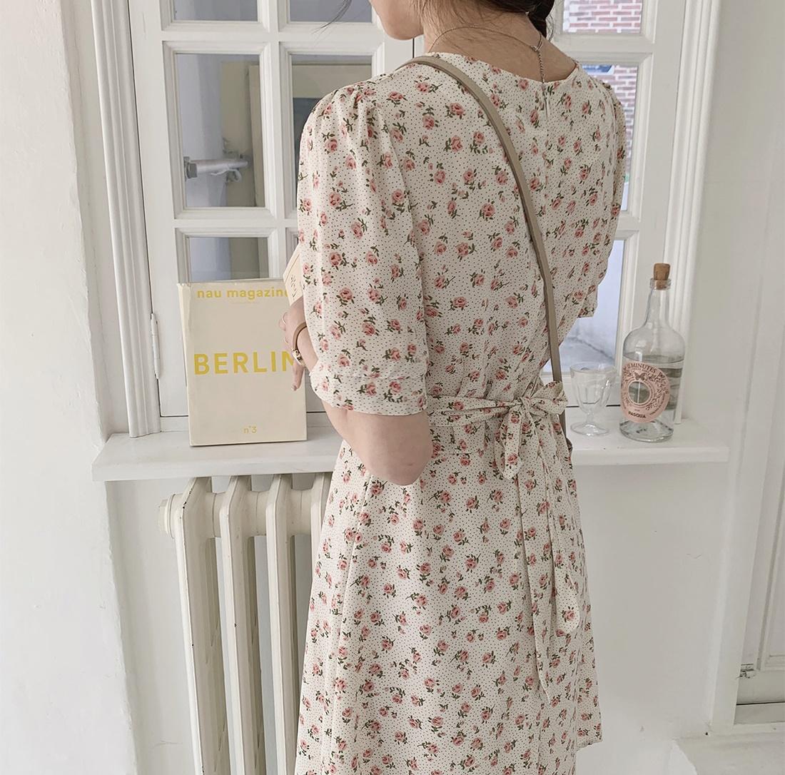 韓国 ファッション ワンピース 春 夏 カジュアル PTXI413  パフスリーブ ノーカラー フレア キュート オルチャン シンプル 定番 セレカジの写真7枚目