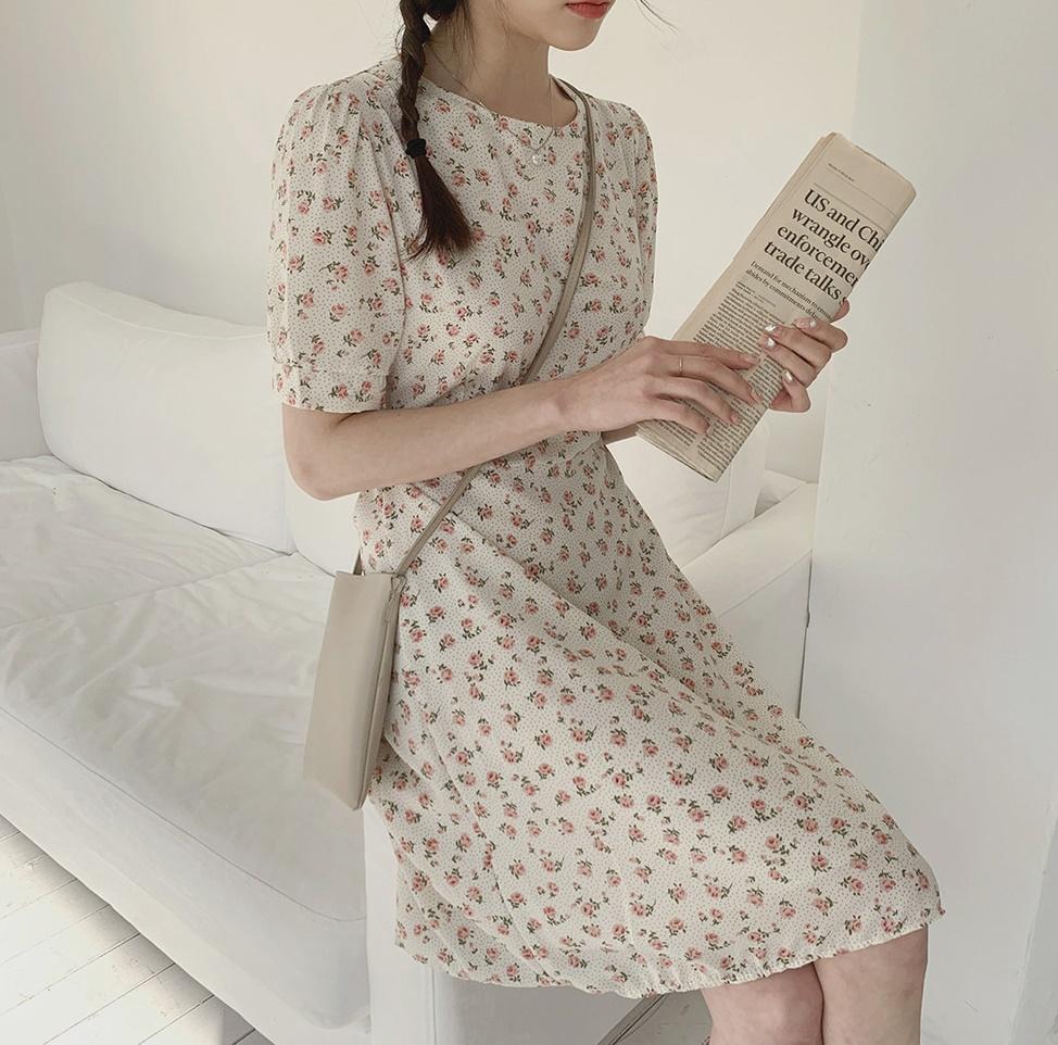 韓国 ファッション ワンピース 春 夏 カジュアル PTXI413  パフスリーブ ノーカラー フレア キュート オルチャン シンプル 定番 セレカジの写真10枚目