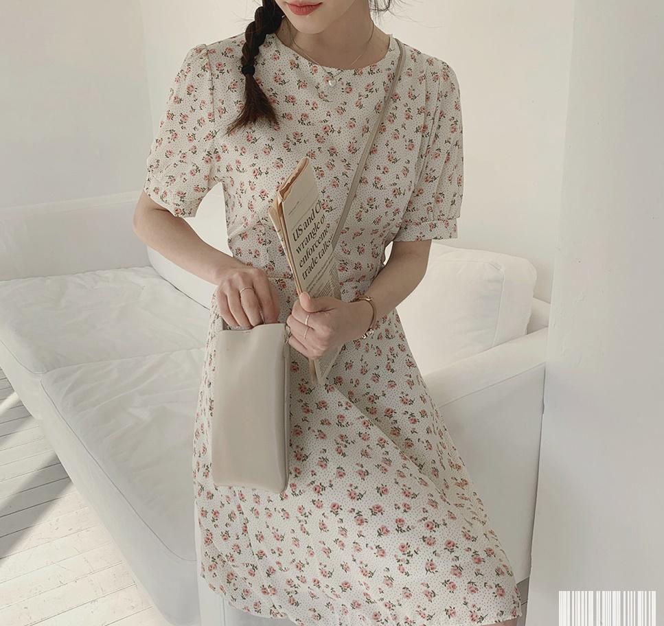 韓国 ファッション ワンピース 春 夏 カジュアル PTXI413  パフスリーブ ノーカラー フレア キュート オルチャン シンプル 定番 セレカジの写真13枚目