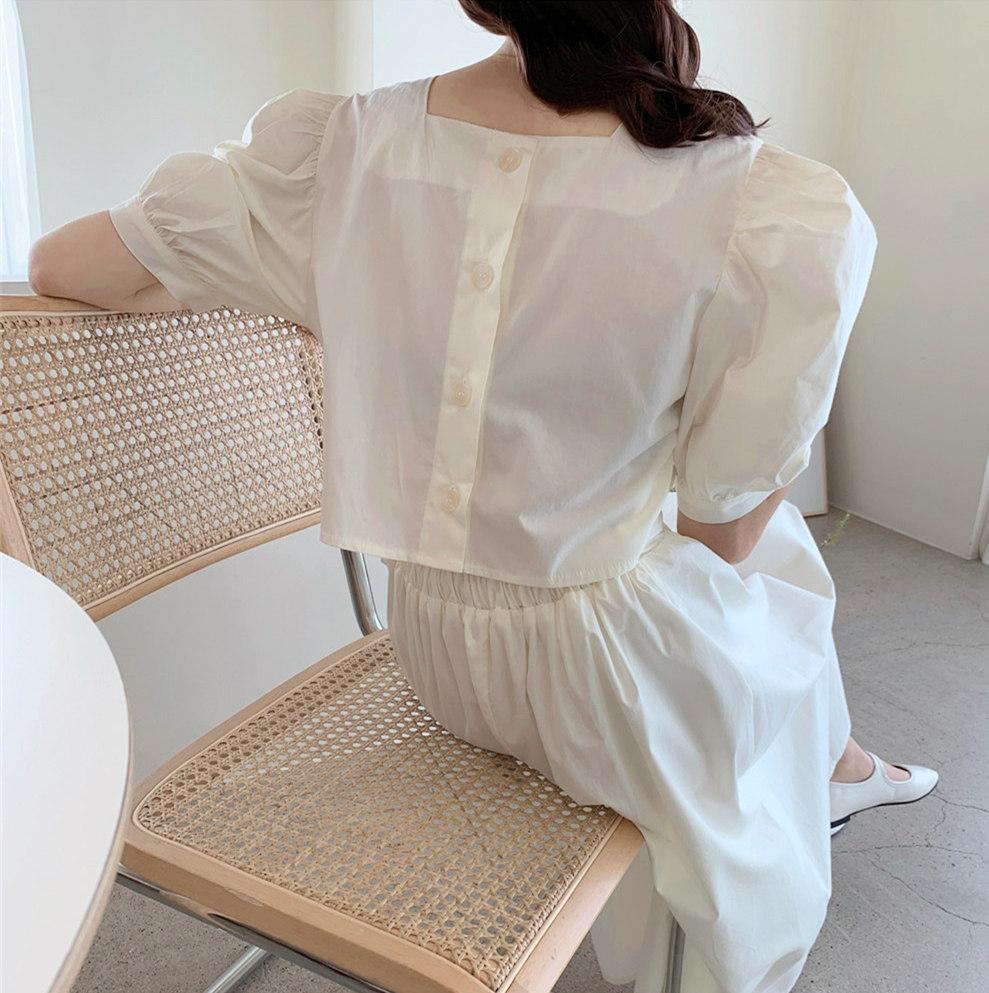 韓国 ファッション ワンピース 春 夏 カジュアル PTXI432  バックコンシャス パフスリーブ フェミニン オルチャン シンプル 定番 セレカジの写真2枚目