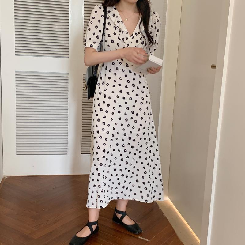 韓国 ファッション ワンピース 夏 春 カジュアル PTXI530  パフスリーブ カシュクール ラッフルカラー オルチャン シンプル 定番 セレカジの写真2枚目
