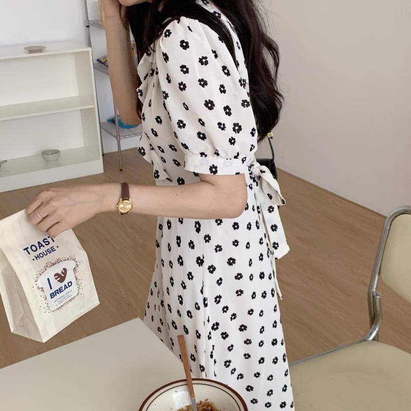 韓国 ファッション ワンピース 夏 春 カジュアル PTXI530  パフスリーブ カシュクール ラッフルカラー オルチャン シンプル 定番 セレカジの写真18枚目