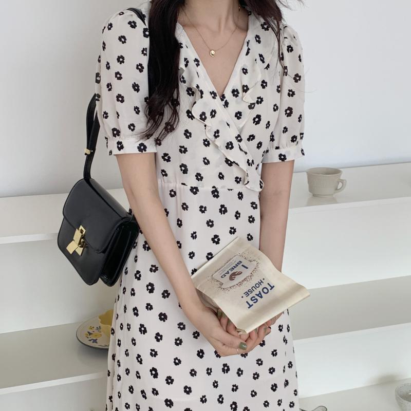 韓国 ファッション ワンピース 夏 春 カジュアル PTXI530  パフスリーブ カシュクール ラッフルカラー オルチャン シンプル 定番 セレカジの写真20枚目