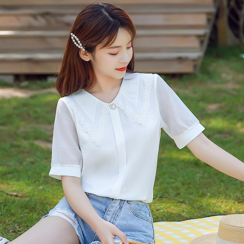 韓国 ファッション トップス ブラウス シャツ 夏 春 カジュアル PTXI736  レース ビッグカラー シアー パールボタン オルチャン シンプル 定番 セレカジの写真2枚目