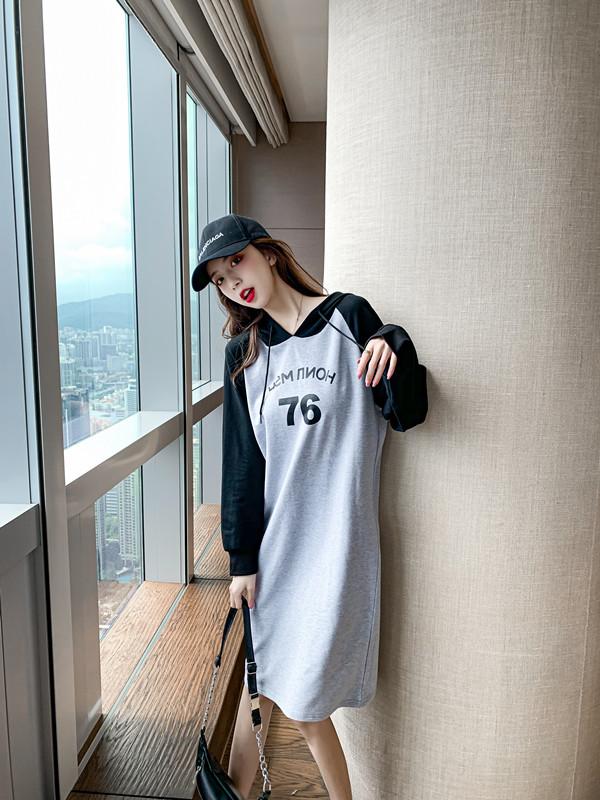 韓国 ファッション ワンピース 春 秋 冬 カジュアル PTXI948  バイカラー ラグランスリーブ フーディ ロゴ オルチャン シンプル 定番 セレカジの写真9枚目