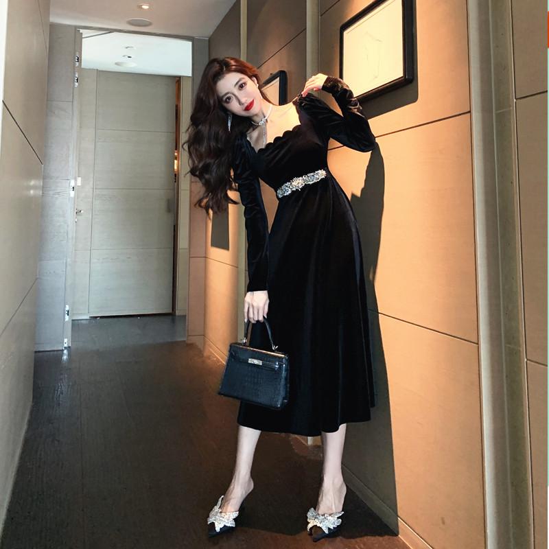 韓国 ファッション ワンピース パーティードレス ロング マキシ 春 秋 冬 パーティー ブライダル PTXJ359 結婚式 お呼ばれ ベルベット風 スカラップ デコルテ見せ 二次会 セレブ きれいめの写真2枚目