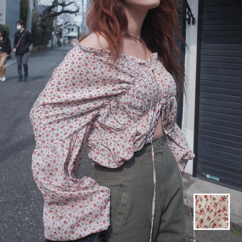 韓国 ファッション トップス ブラウス シャツ 春 夏 秋 カジュアル PTXJ437  小花 ギャザー レイヤード オフショル 羽織り オルチャン シンプル 定番 セレカジの写真1枚目