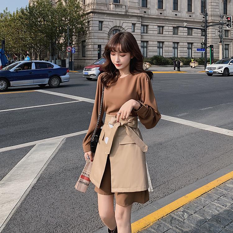 韓国 ファッション セットアップ 春 夏 秋 カジュアル PTXJ468  フェイクレザー オーバースカート ミニワンピ オルチャン シンプル 定番 セレカジの写真3枚目