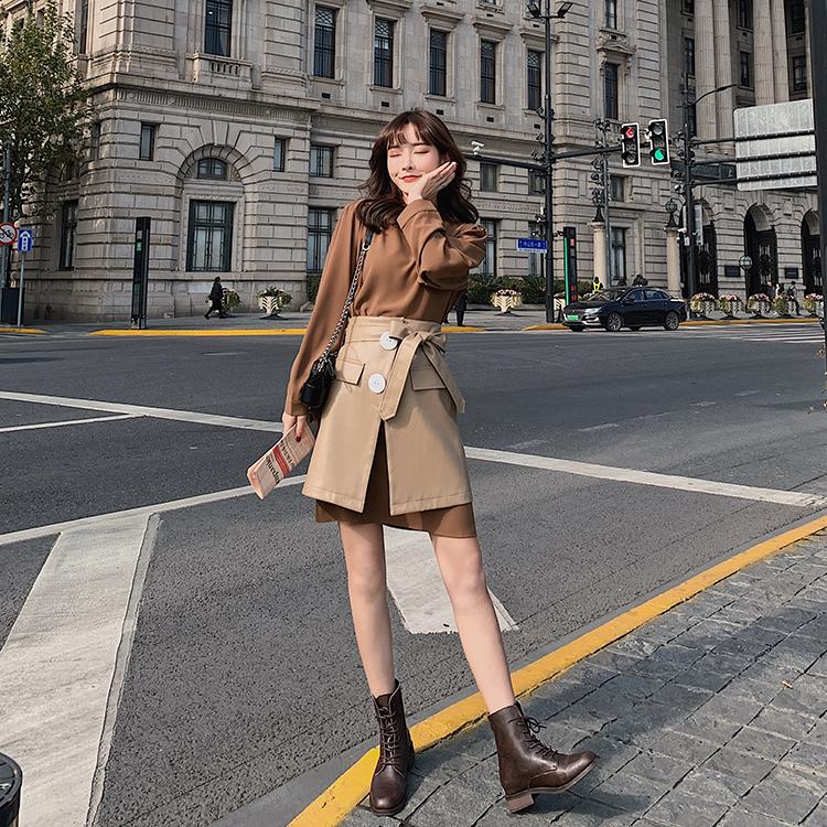 韓国 ファッション セットアップ 春 夏 秋 カジュアル PTXJ468  フェイクレザー オーバースカート ミニワンピ オルチャン シンプル 定番 セレカジの写真6枚目