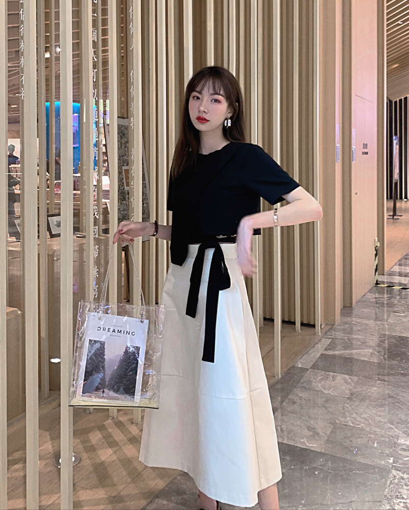 韓国 ファッション トップス Tシャツ カットソー 春 夏 カジュアル PTXJ512  アシンメトリー リボン 切替 プルオーバー オルチャン シンプル 定番 セレカジの写真2枚目