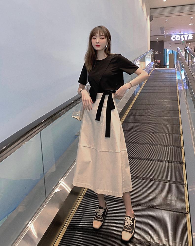韓国 ファッション トップス Tシャツ カットソー 春 夏 カジュアル PTXJ512  アシンメトリー リボン 切替 プルオーバー オルチャン シンプル 定番 セレカジの写真3枚目