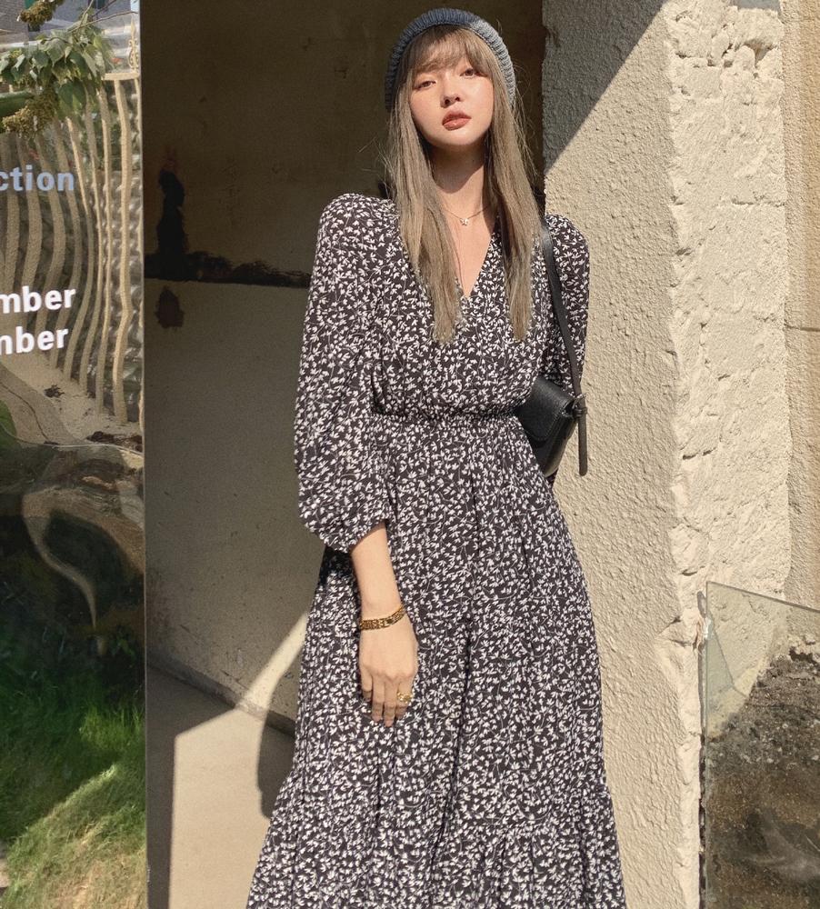 韓国 ファッション ワンピース 春 夏 秋 カジュアル PTXJ555  カシュクール バイカラー ギャザー ミモレ丈 オルチャン シンプル 定番 セレカジの写真2枚目