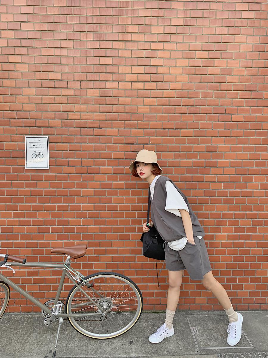 韓国 ファッション セットアップ 春 夏 秋 カジュアル PTXJ567  オーバーサイズ ベスト ショートパンツ オルチャン シンプル 定番 セレカジの写真8枚目