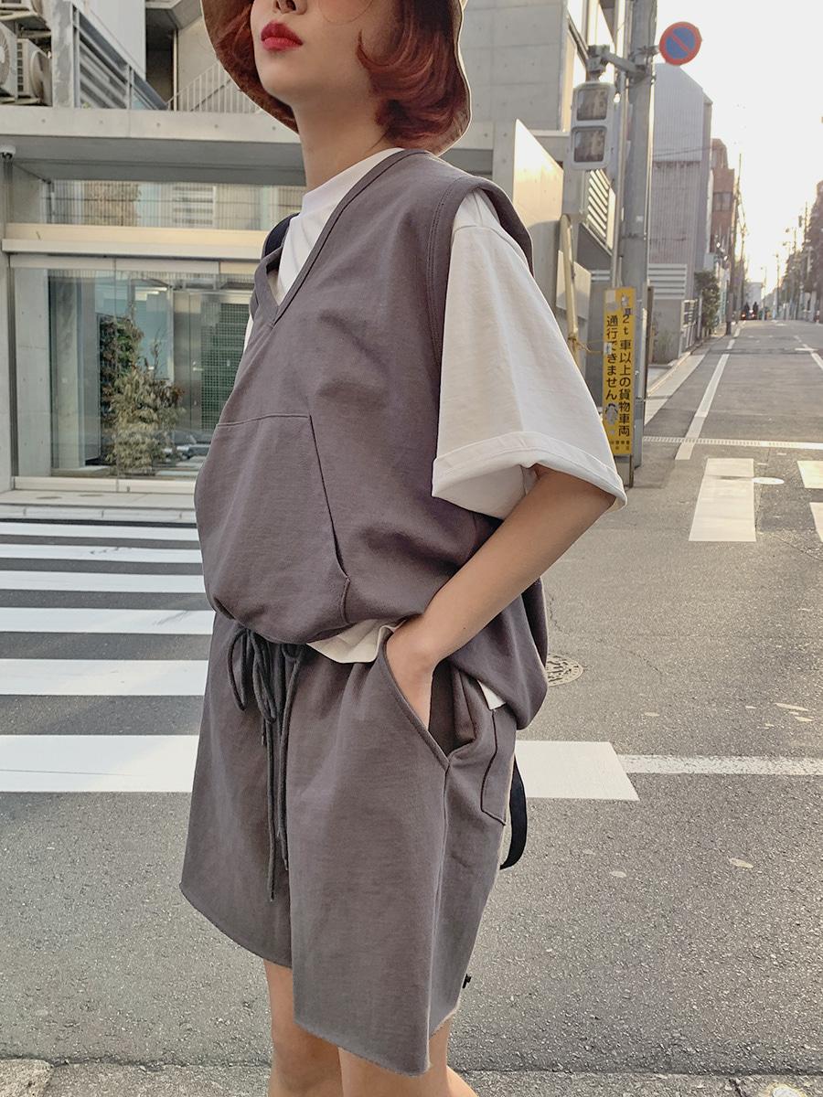韓国 ファッション セットアップ 春 夏 秋 カジュアル PTXJ567  オーバーサイズ ベスト ショートパンツ オルチャン シンプル 定番 セレカジの写真9枚目