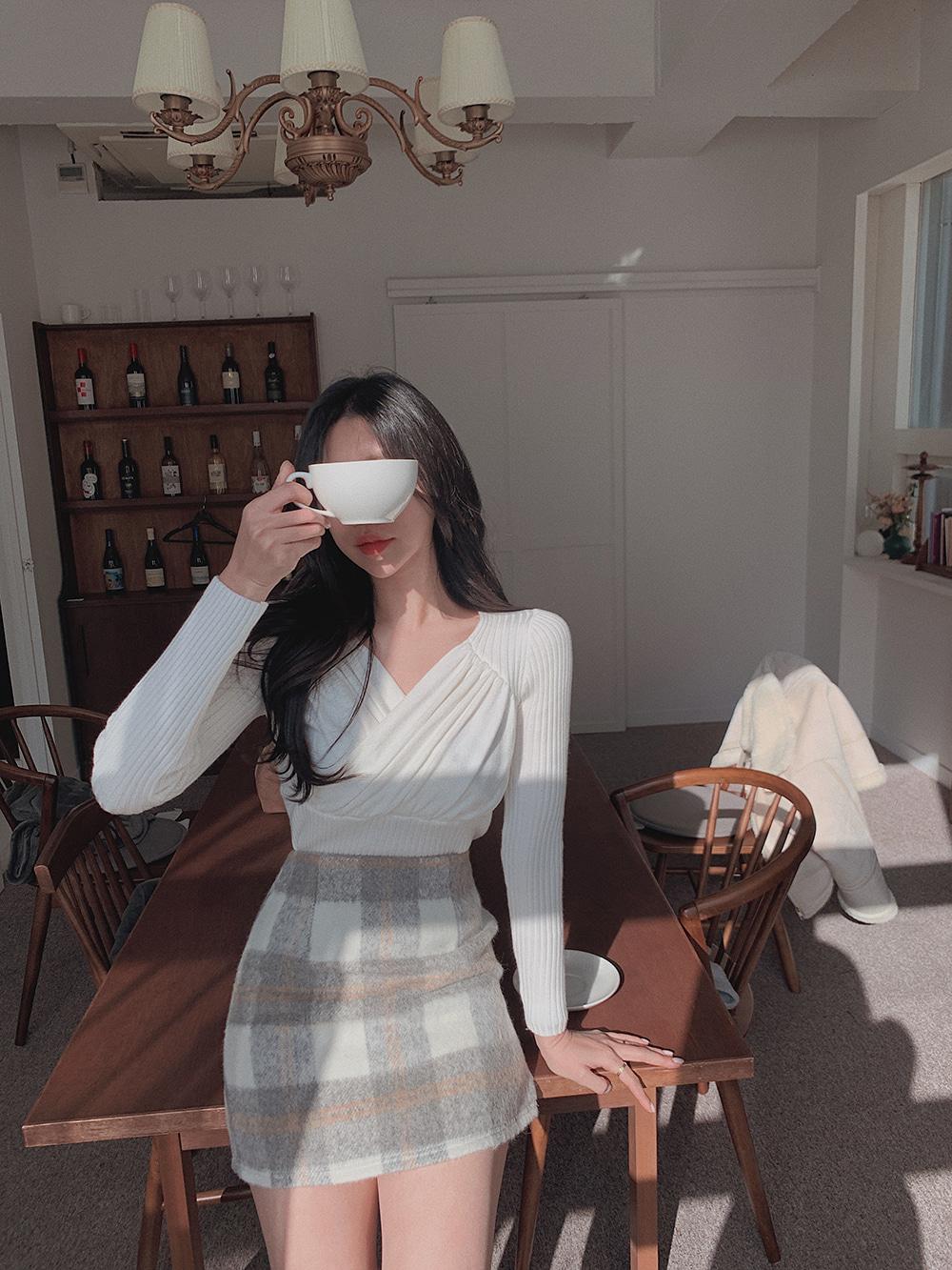 韓国 ファッション トップス ニット セーター 春 夏 秋 カジュアル PTXJ581  カシュクール リブニット ハイウエスト Vネック オルチャン シンプル 定番 セレカジの写真5枚目