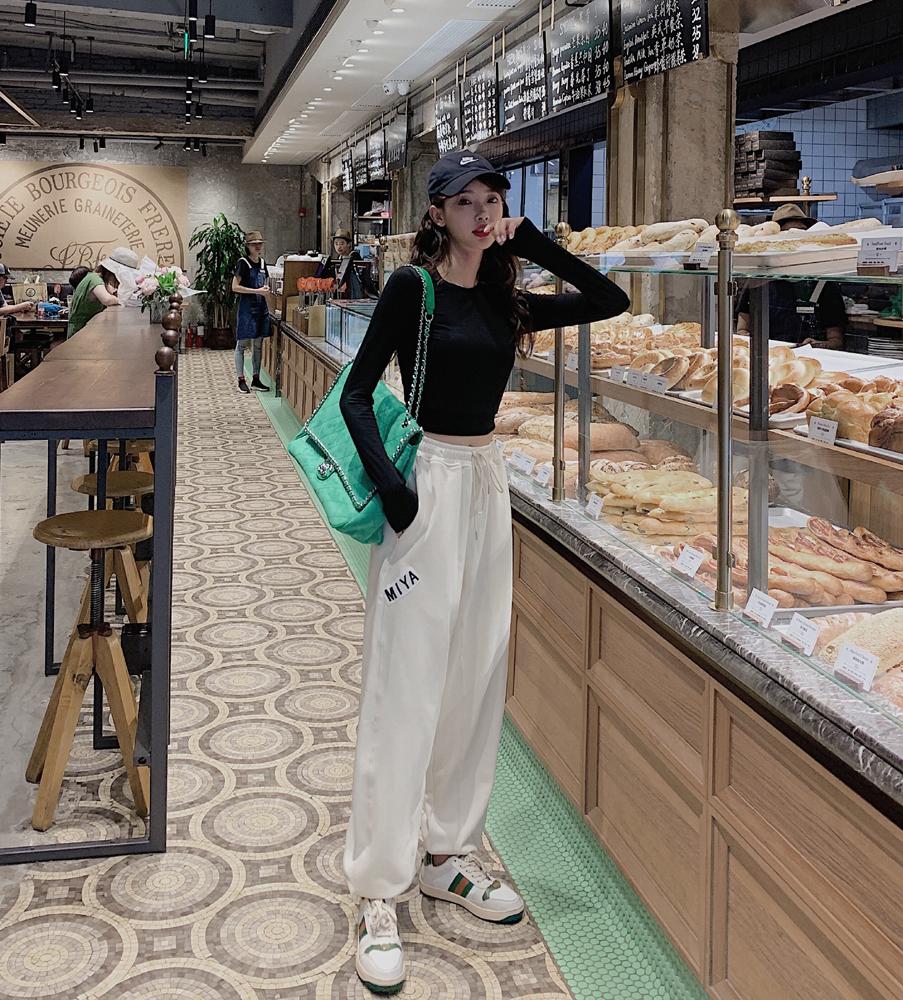 韓国 ファッション パンツ ボトムス 春 夏 カジュアル PTXJ586  ワイド 裾リブ ゆったり スウェット 着回し オルチャン シンプル 定番 セレカジの写真3枚目