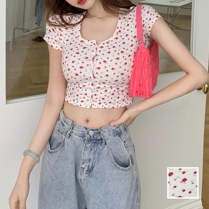 韓国 ファッション トップス Tシャツ カットソー 春 夏 カジュアル PTXJ592  ショート 肌見せ Uネック フロントボタン 小花 オルチャン シンプル 定番 セレカジの写真1枚目