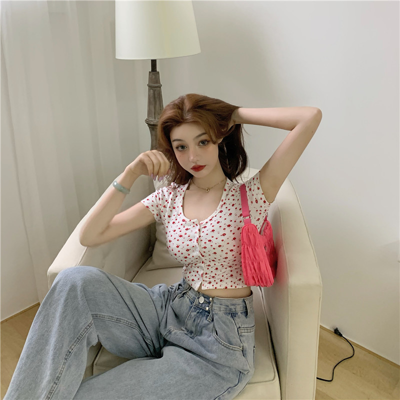 韓国 ファッション トップス Tシャツ カットソー 春 夏 カジュアル PTXJ592  ショート 肌見せ Uネック フロントボタン 小花 オルチャン シンプル 定番 セレカジの写真7枚目