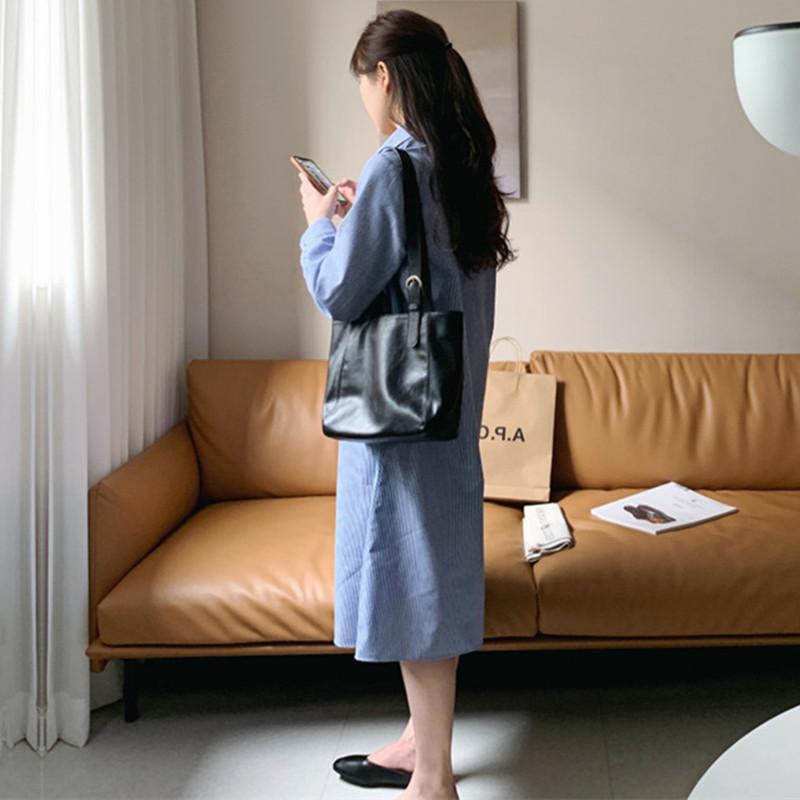 韓国 ファッション ワンピース 春 夏 秋 カジュアル PTXJ623  スキッパー ゆるタイト リネン風 シアー オルチャン シンプル 定番 セレカジの写真4枚目