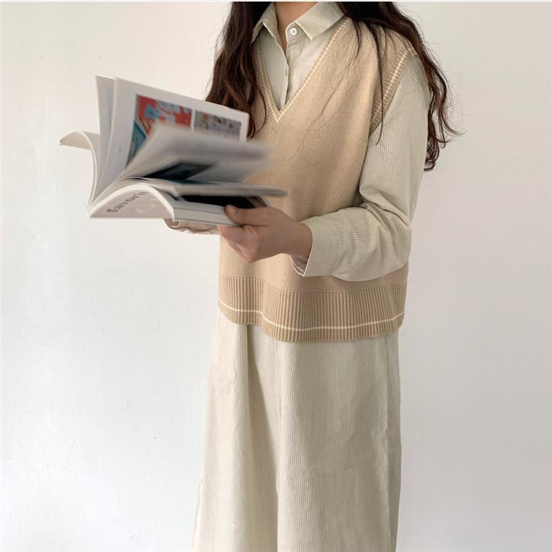 韓国 ファッション ワンピース 春 夏 秋 カジュアル PTXJ623  スキッパー ゆるタイト リネン風 シアー オルチャン シンプル 定番 セレカジの写真17枚目