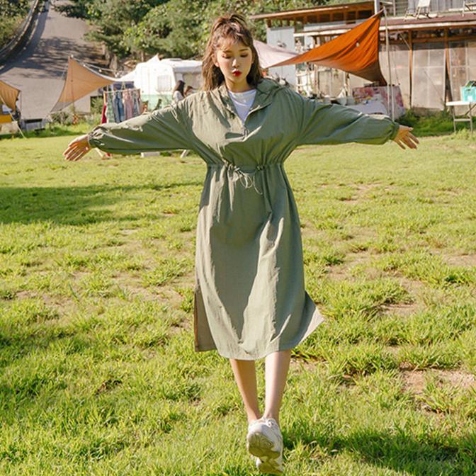 韓国 ファッション ワンピース 春 夏 秋 カジュアル PTXJ626  マウンテンパーカー風 重ね着 Aライン ミモレ オルチャン シンプル 定番 セレカジの写真3枚目