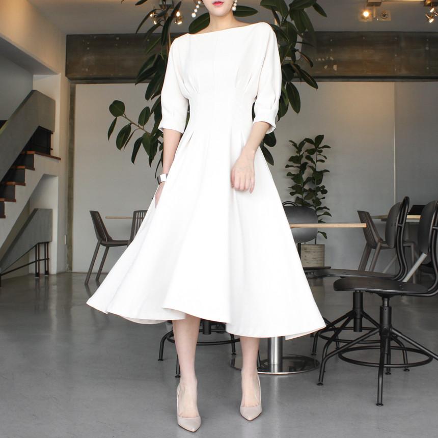 韓国 ファッション ワンピース 春 夏 秋 カジュアル PTXJ662  ボートネック デコルテ見せ フレア Aライン オルチャン シンプル 定番 セレカジの写真3枚目