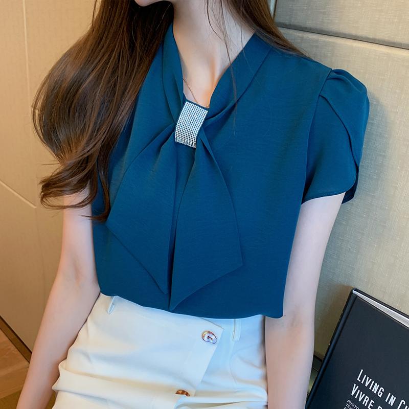 韓国 ファッション トップス ブラウス シャツ 春 夏 カジュアル PTXJ702  シアー ペタルスリーブ ビジュー スカーフ風 オルチャン シンプル 定番 セレカジの写真3枚目