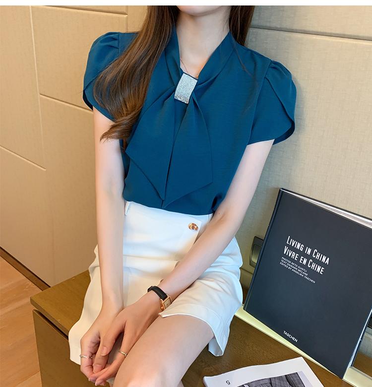 韓国 ファッション トップス ブラウス シャツ 春 夏 カジュアル PTXJ702  シアー ペタルスリーブ ビジュー スカーフ風 オルチャン シンプル 定番 セレカジの写真9枚目