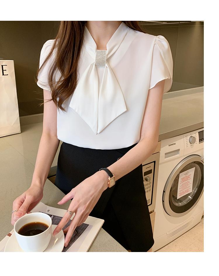 韓国 ファッション トップス ブラウス シャツ 春 夏 カジュアル PTXJ702  シアー ペタルスリーブ ビジュー スカーフ風 オルチャン シンプル 定番 セレカジの写真16枚目