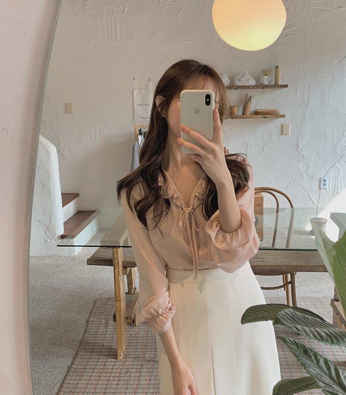 韓国 ファッション トップス ブラウス シャツ 春 夏 秋 カジュアル PTXJ762  フリル シアー ダブルカラー リボン 渋色 オルチャン シンプル 定番 セレカジの写真2枚目