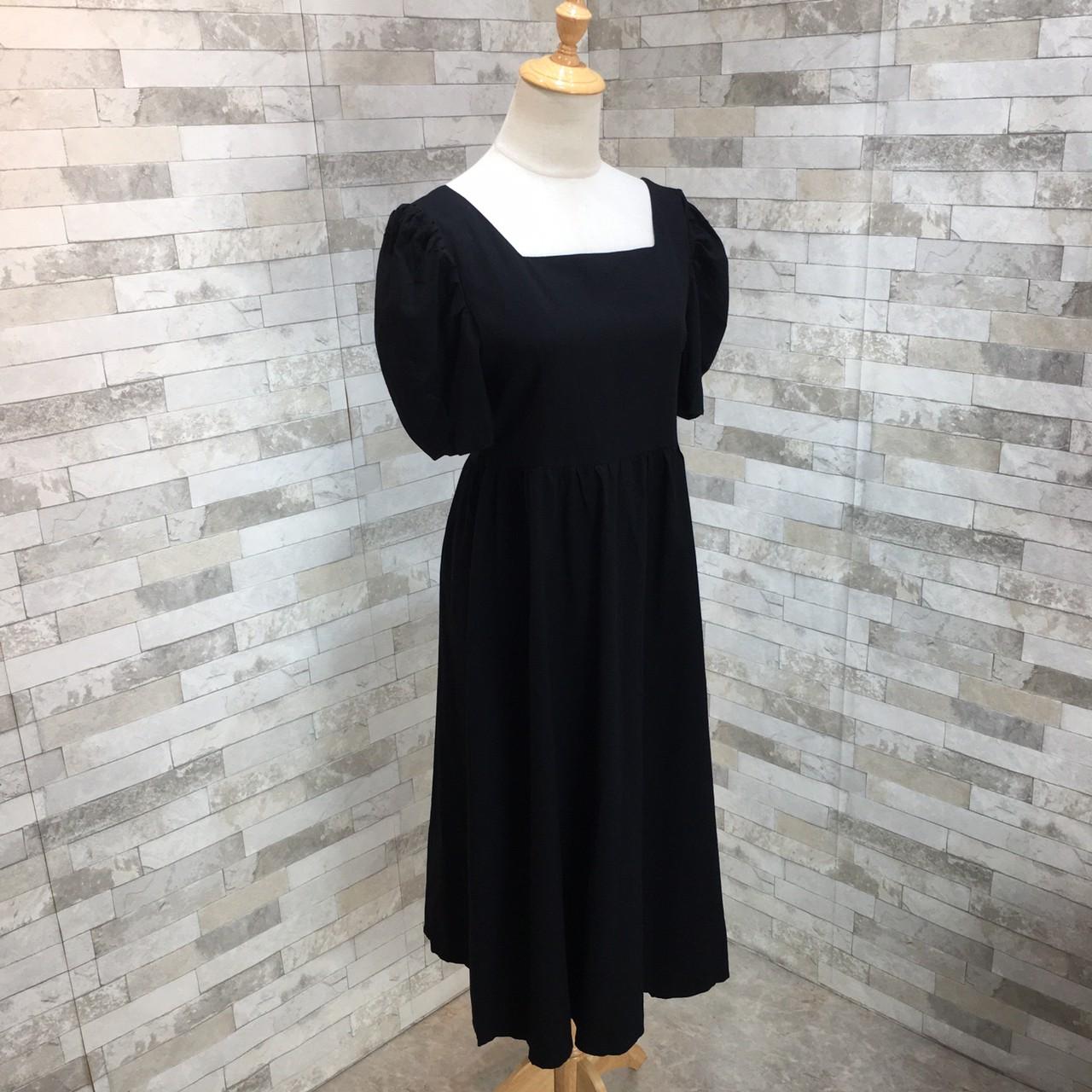 韓国 ファッション ワンピース 春 夏 カジュアル PTXJ816  パフスリーブ スクエアネック ハイウエスト オルチャン シンプル 定番 セレカジの写真18枚目