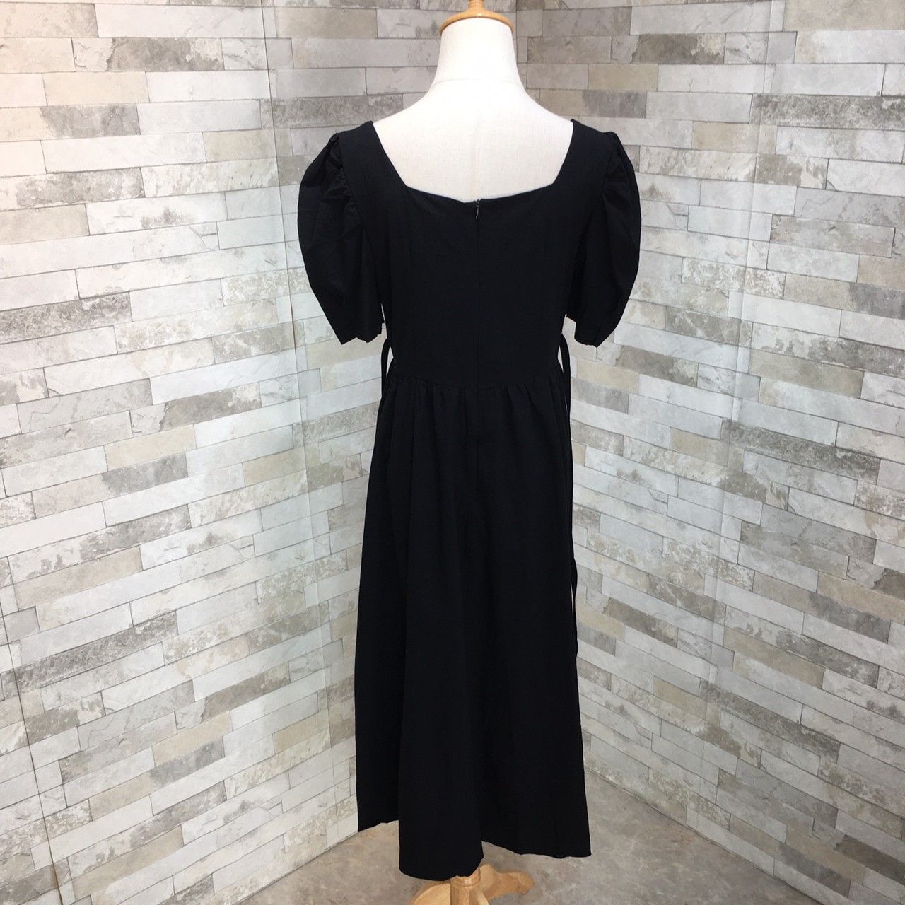 韓国 ファッション ワンピース 春 夏 カジュアル PTXJ816  パフスリーブ スクエアネック ハイウエスト オルチャン シンプル 定番 セレカジの写真19枚目