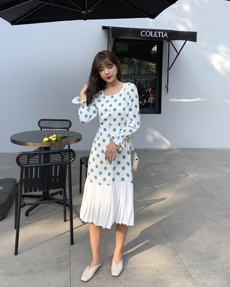 韓国 ファッション ワンピース 春 夏 カジュアル PTXJ830  プリーツ シアー マーメイド フロントボタン オルチャン シンプル 定番 セレカジの写真10枚目