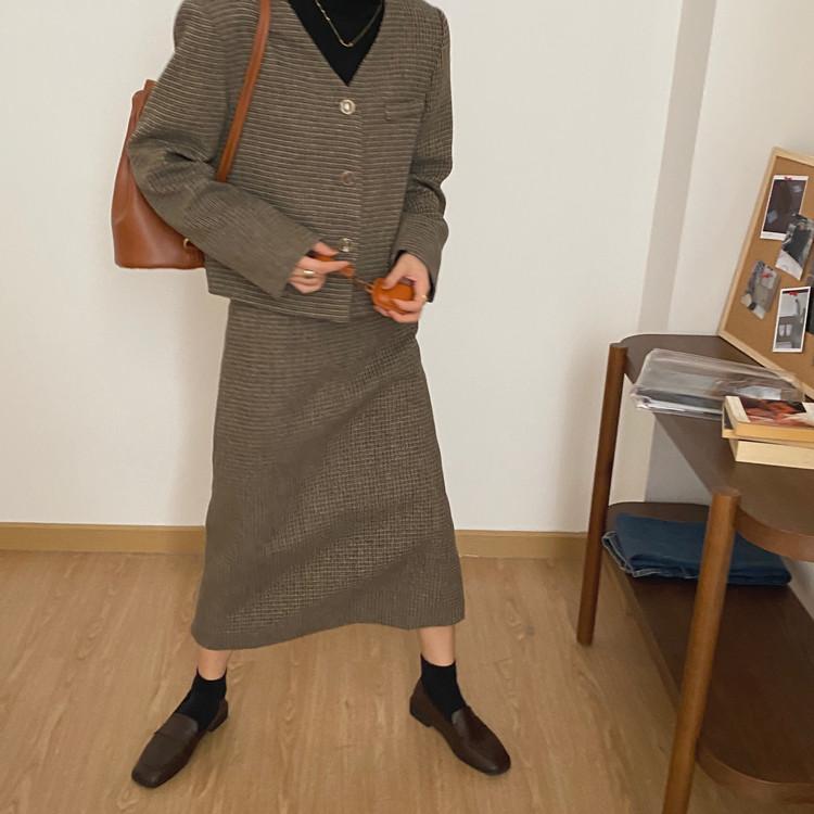 韓国 ファッション セットアップ 春 夏 秋 カジュアル PTXJ975  渋色 オーバーサイズ ノーカラー シック オルチャン シンプル 定番 セレカジの写真3枚目