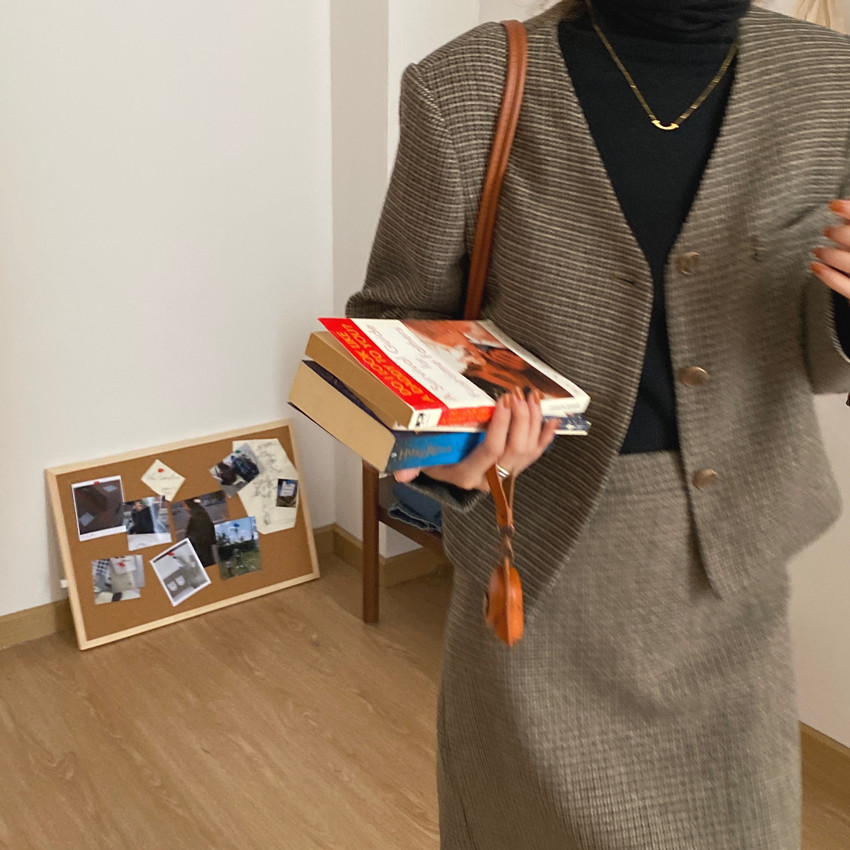韓国 ファッション セットアップ 春 夏 秋 カジュアル PTXJ975  渋色 オーバーサイズ ノーカラー シック オルチャン シンプル 定番 セレカジの写真8枚目