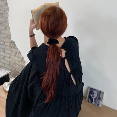 韓国 ファッション ワンピース 春 夏 カジュアル PTXJ990  バックリボン 背中見せ ティアード マキシ オルチャン シンプル 定番 セレカジの写真3枚目