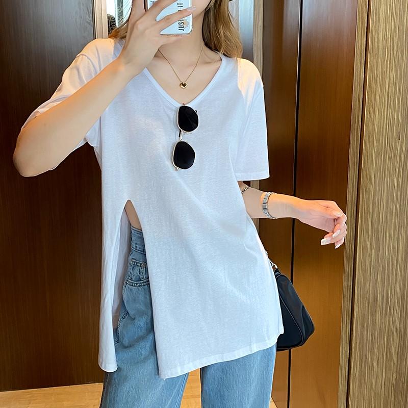 韓国 ファッション トップス Tシャツ カットソー 春 夏 カジュアル PTXK022  スリット 肌見せ オーバーサイズ プルオーバー オルチャン シンプル 定番 セレカジの写真2枚目