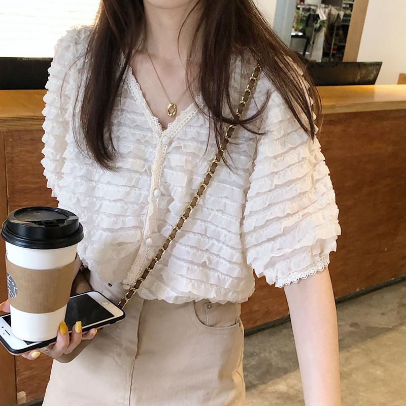 韓国 ファッション トップス ブラウス シャツ 春 夏 カジュアル PTXK059  フリル ティアード シアー パフスリーブ オルチャン シンプル 定番 セレカジの写真2枚目