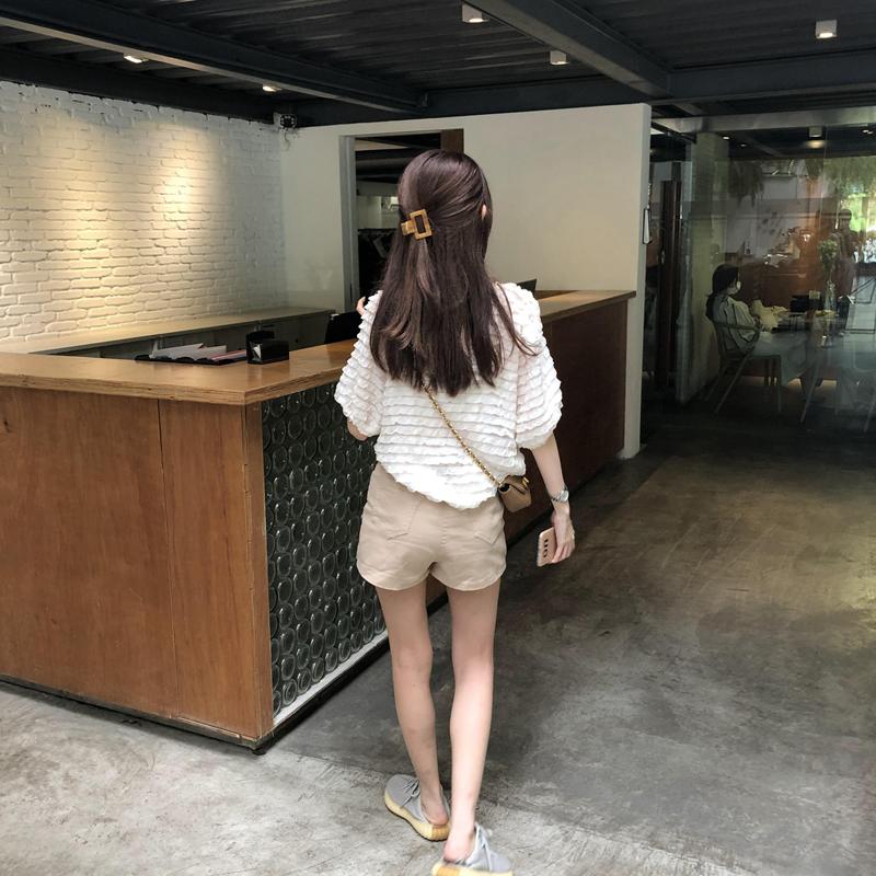 韓国 ファッション トップス ブラウス シャツ 春 夏 カジュアル PTXK059  フリル ティアード シアー パフスリーブ オルチャン シンプル 定番 セレカジの写真12枚目